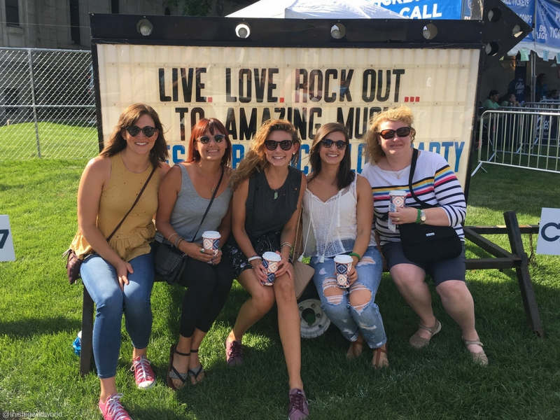Image of five cousins who traveled to go to a concert together in Minneapolis Minnesota.