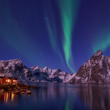 How to Photograph the Northern Lights (For Beginners)