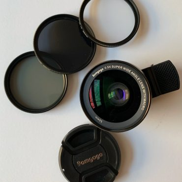 Should You Buy a Smartphone Camera Lens Kit for Travel? (A Bomgogo Review)