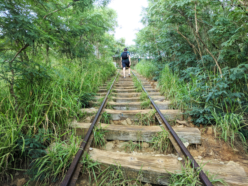 The Koko Head trail in Oahu requires hikers to climb more than 1050 steps without handrails. It's a great alternative to the illegal and dangerous Stairway to Heaven. Photo Credit: Far Am Agan